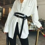 Cinturón XL sobre camisa XL